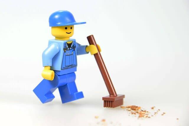 Lego Figur Besen