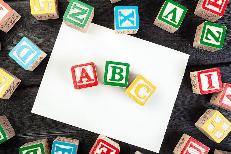 Buchstaben Holz ABC
