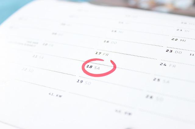 Kalender mit einem roten Kreis um die 18