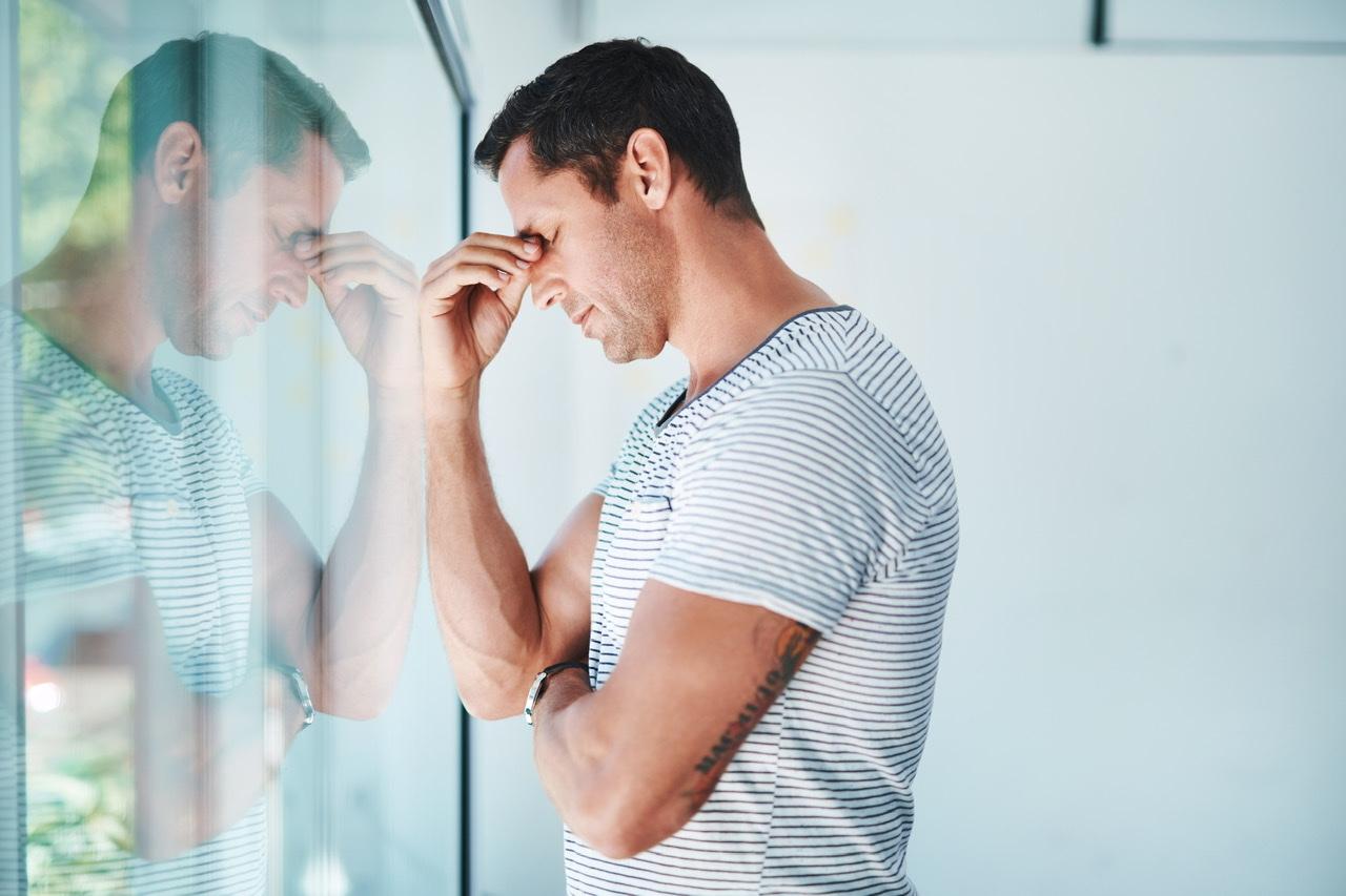 Mann leidet an Innere Unruhe
