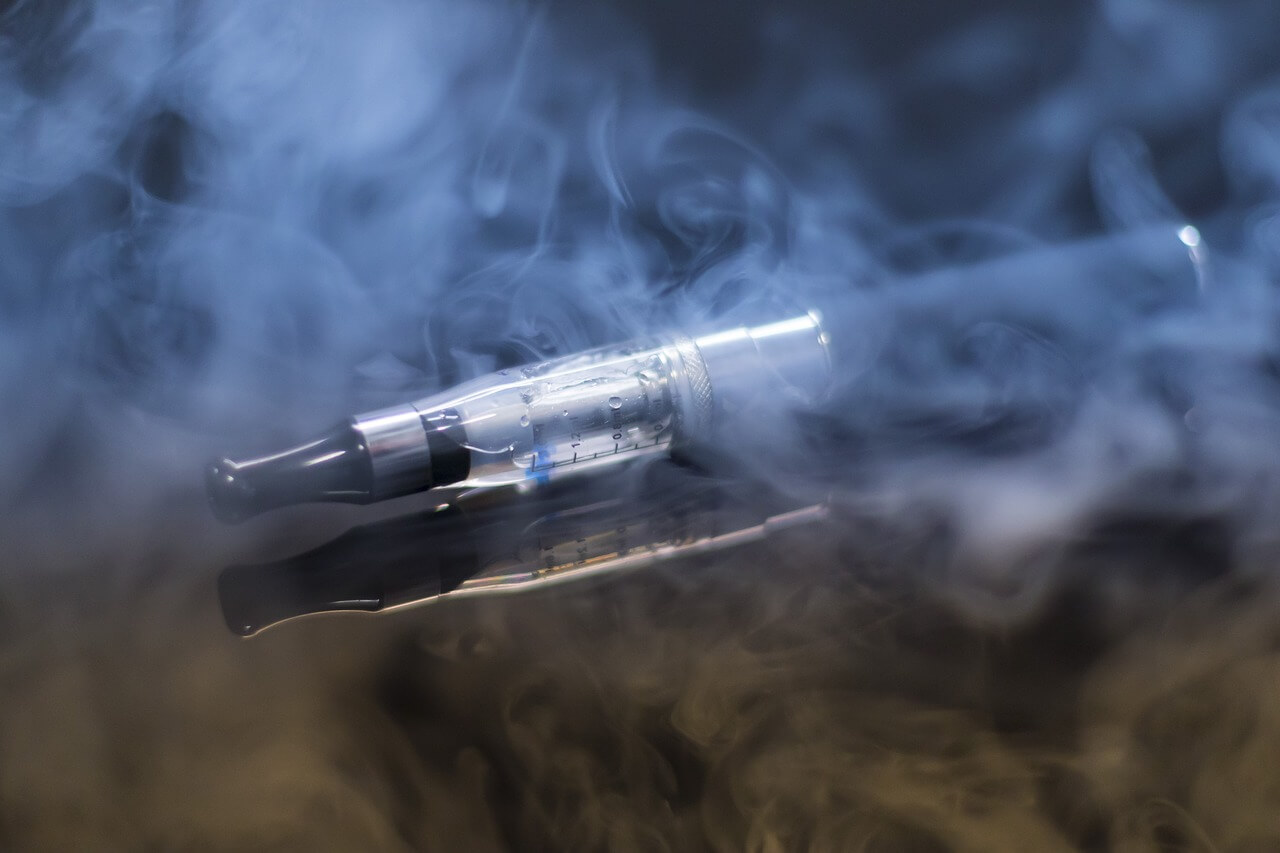 Die E-Zigarette ist eine elektronische Zigarette.