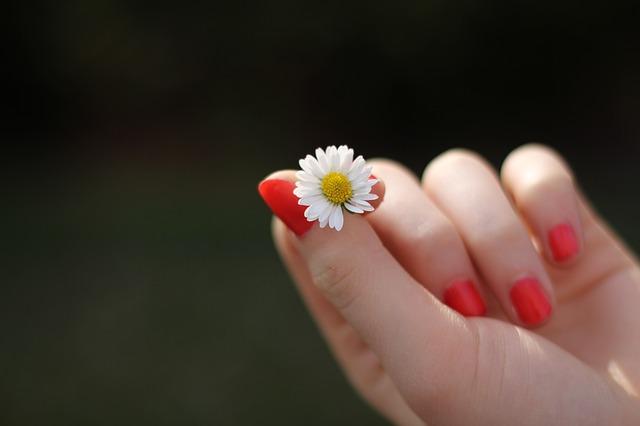 Fingernagelpilz Pflege