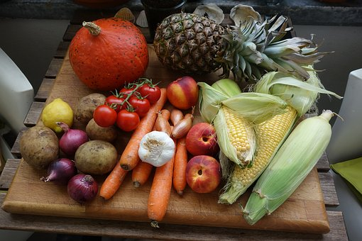 Auswahl von ballaststoffhaltigen Lebensmitteln