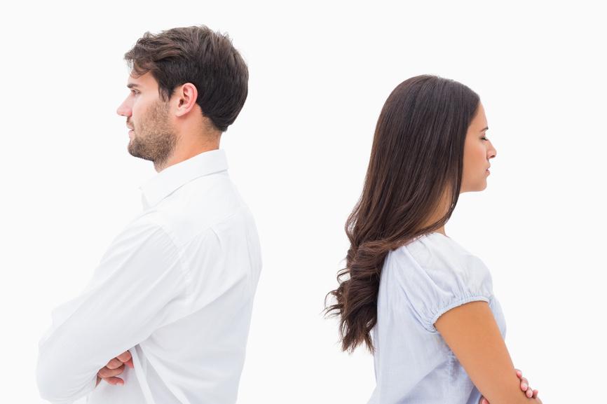 Warum distanzieren sich verliebte Männer?