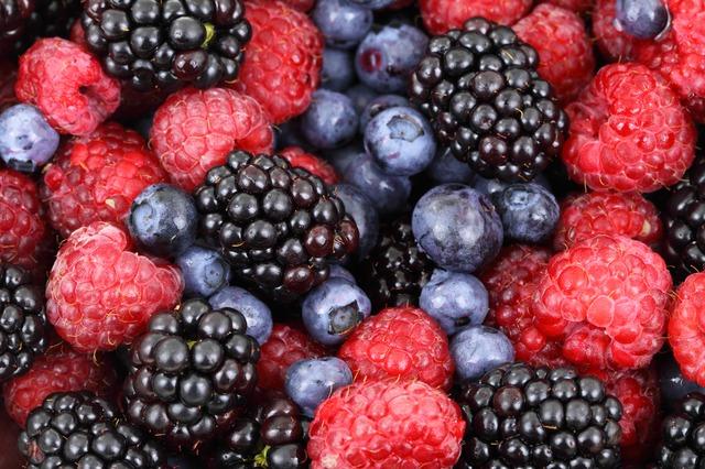 Mit Früchten Bauchfett verlieren