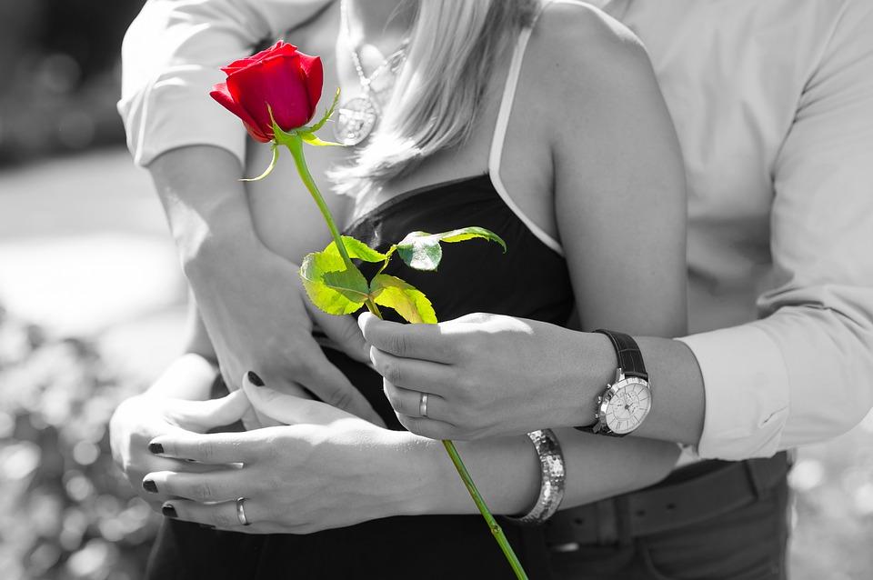 Wie verliebt er sich in mich? Diese Tricks helfen dir!