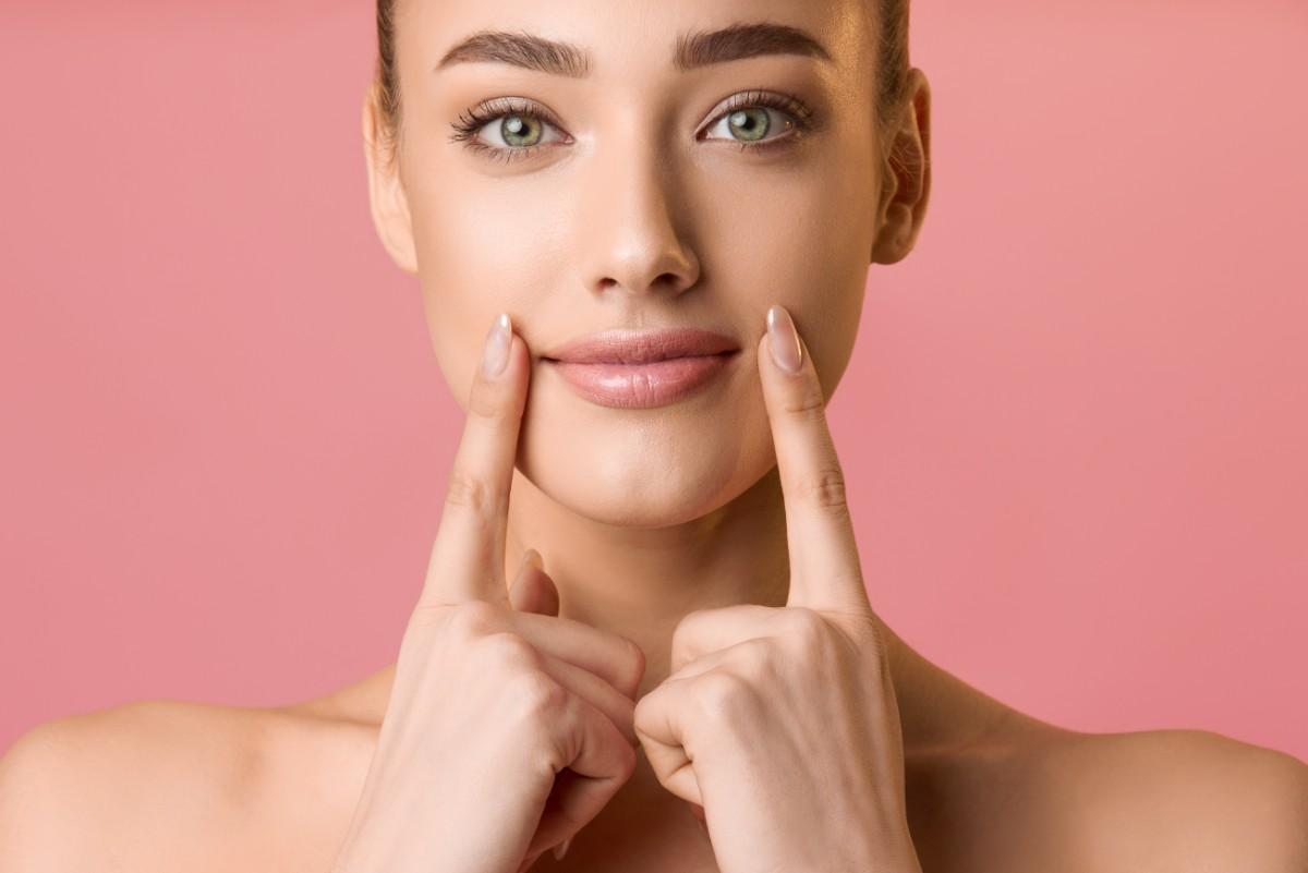 Gesicht Waxing - Haarentfernung