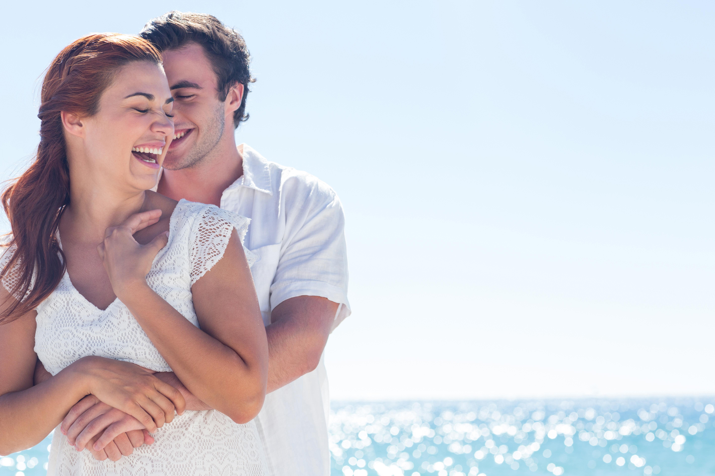 Mann und Frau im Liebesbeweis
