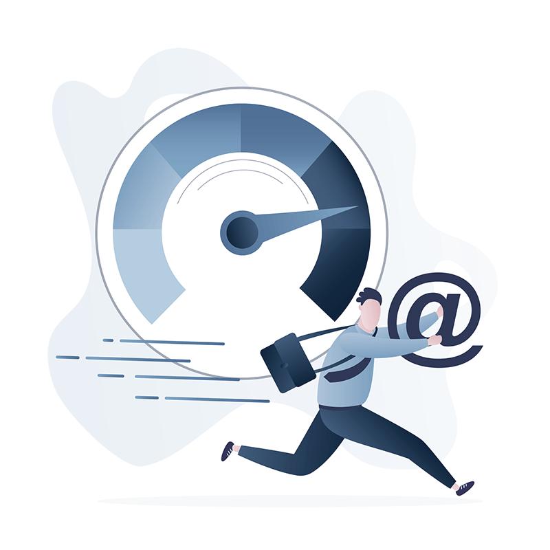 Ein lustiger Geschäftsmann rennt schnell um die E-Mails zu beantworten.