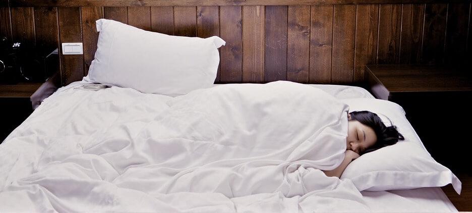 Im schlaf abnehmen, das geht wirklich. Und hier erfährst du wie du im schlaf abnehmen kannst !