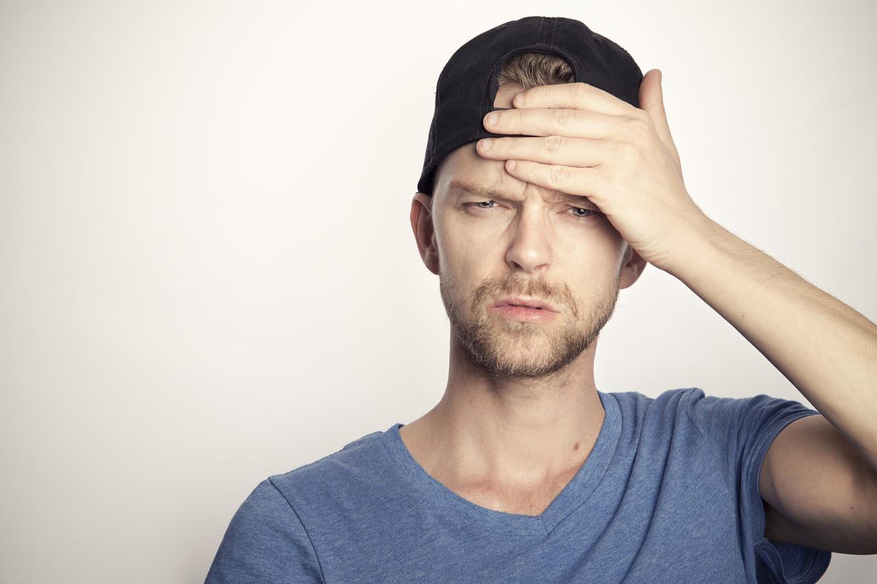 Kopfschmerzen an der Stirn und den Schläfen - Was tun?