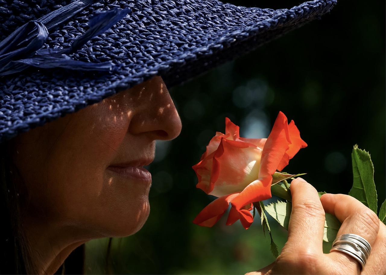 Eine Kopfeschmerzen Geruchtherapie - Mit ätherischen Ölen gegen Kopfschmerzen?