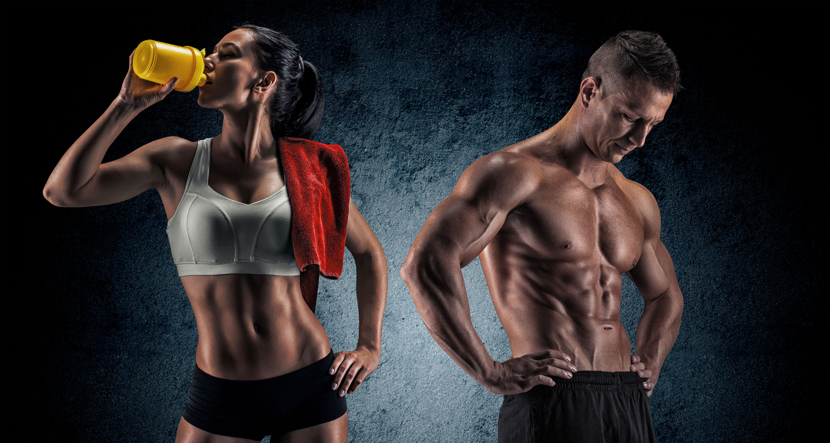 Mann und Frau die Fitness machen