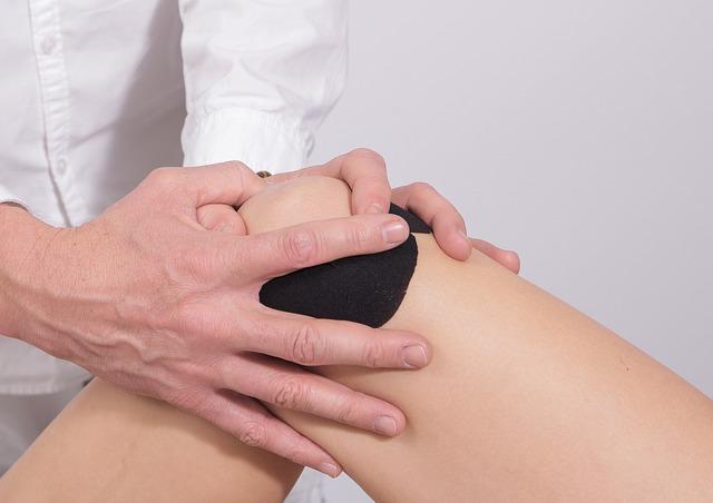 knieschmerzen beim strecken
