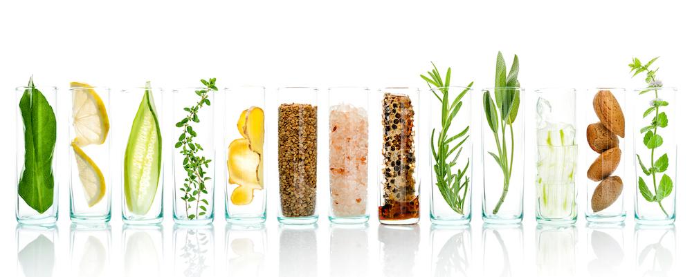naturmittel gegen pickel gesunde haut im glass