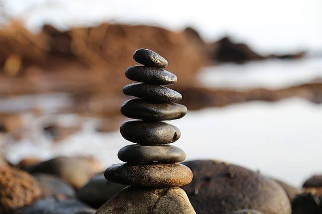 Turm aus Steinen